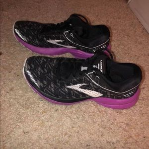 Brooks Launch 5 running shoes.